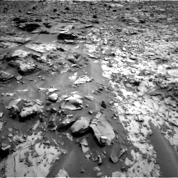 Nasa's Mars rover Curiosity acquired this image using its Left Navigation Camera on Sol 835, at drive 2128, site number 44