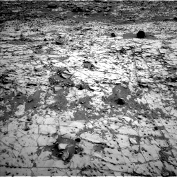 Nasa's Mars rover Curiosity acquired this image using its Left Navigation Camera on Sol 835, at drive 2182, site number 44