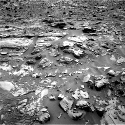 Nasa's Mars rover Curiosity acquired this image using its Right Navigation Camera on Sol 835, at drive 2116, site number 44