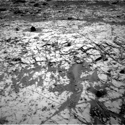 Nasa's Mars rover Curiosity acquired this image using its Right Navigation Camera on Sol 835, at drive 2200, site number 44