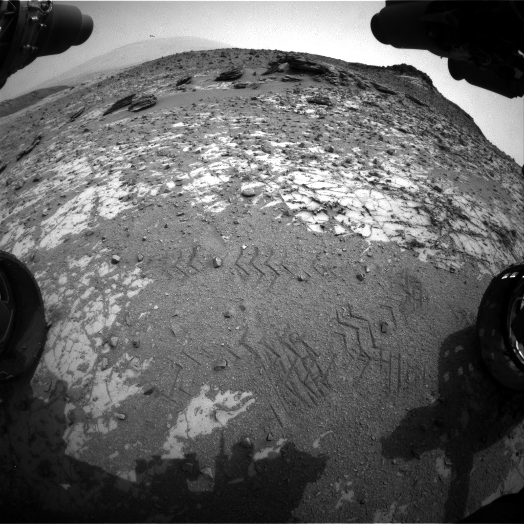 Nasa's Mars rover Curiosity acquired this image using its Front Hazard Avoidance Camera (Front Hazcam) on Sol 836, at drive 2336, site number 44