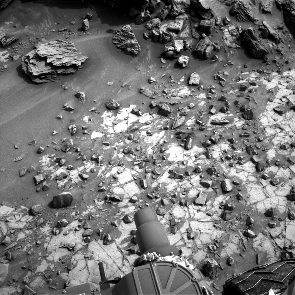 Nasa's Mars rover Curiosity acquired this image using its Left Navigation Camera on Sol 837, at drive 2396, site number 44