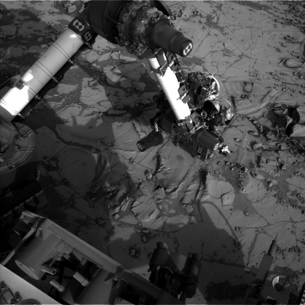 Nasa's Mars rover Curiosity acquired this image using its Left Navigation Camera on Sol 880, at drive 0, site number 45