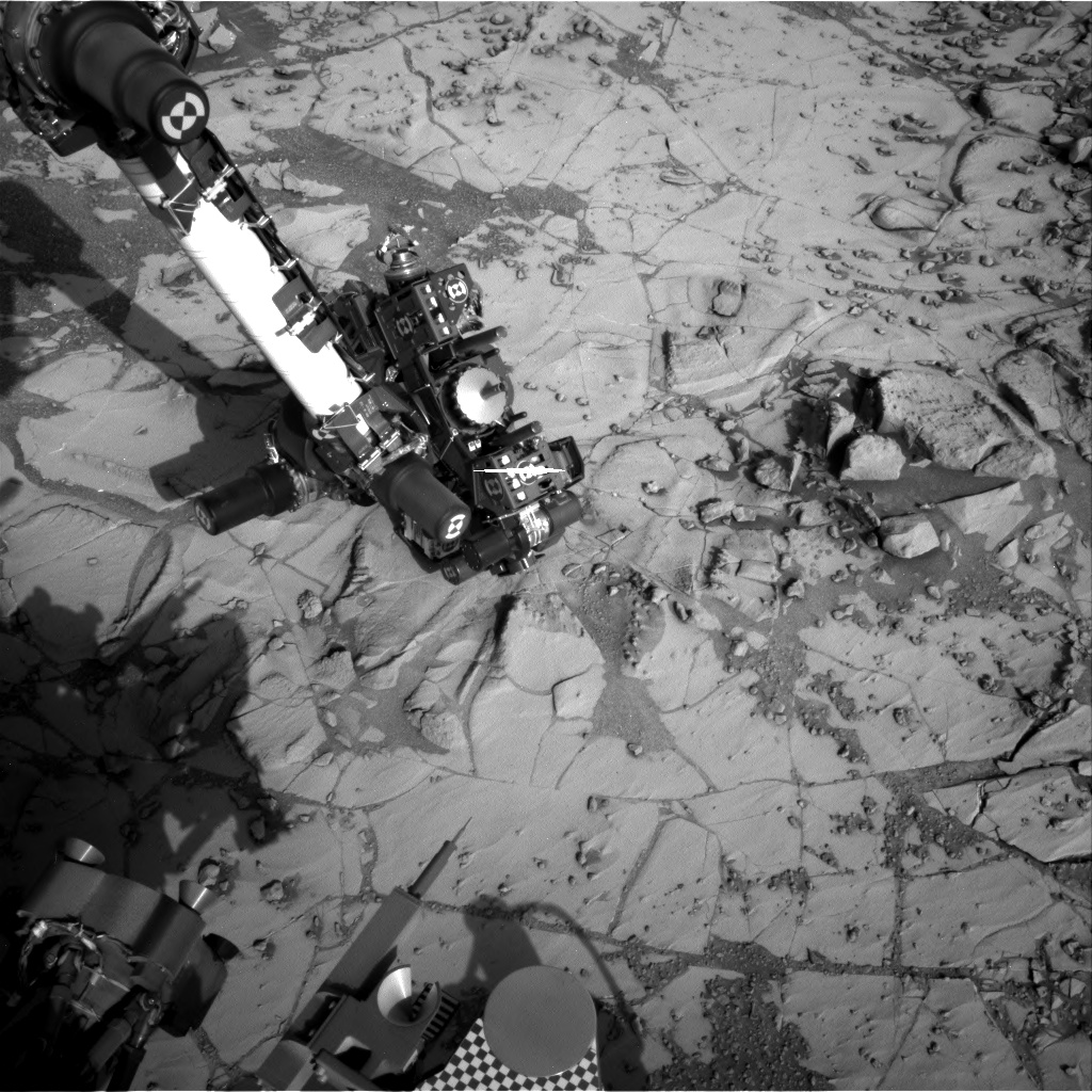 Nasa's Mars rover Curiosity acquired this image using its Right Navigation Camera on Sol 880, at drive 0, site number 45