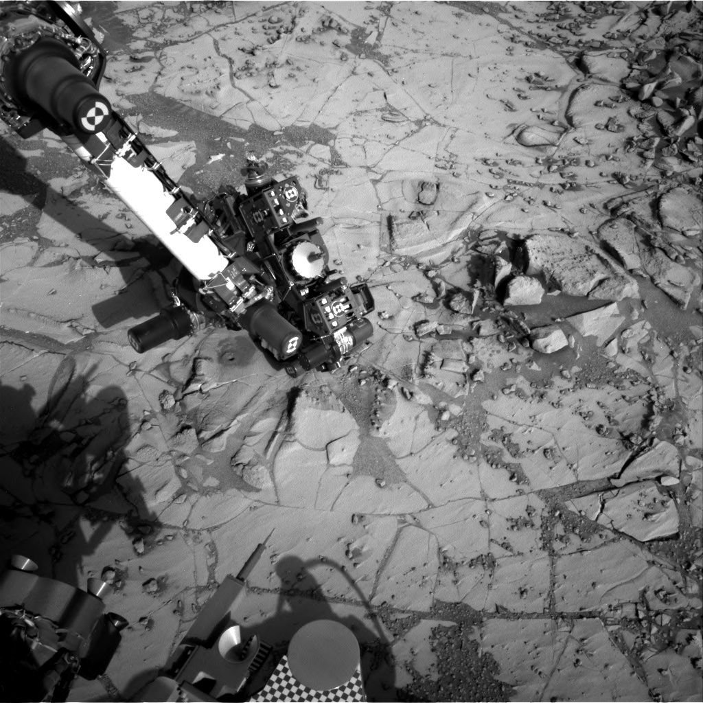Nasa's Mars rover Curiosity acquired this image using its Right Navigation Camera on Sol 887, at drive 0, site number 45