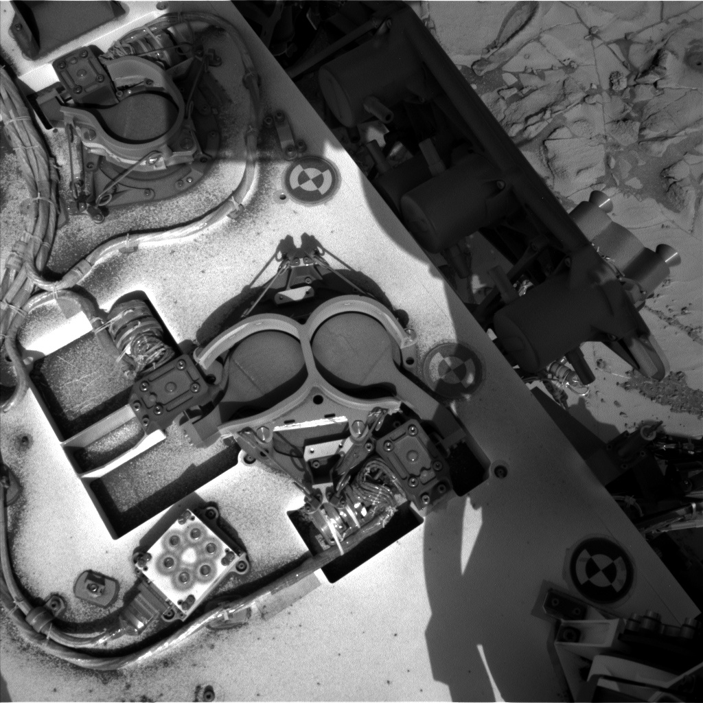 Nasa's Mars rover Curiosity acquired this image using its Left Navigation Camera on Sol 888, at drive 0, site number 45