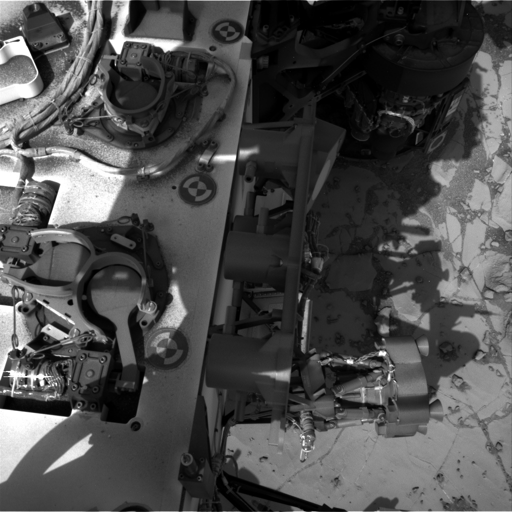 Nasa's Mars rover Curiosity acquired this image using its Right Navigation Camera on Sol 892, at drive 0, site number 45
