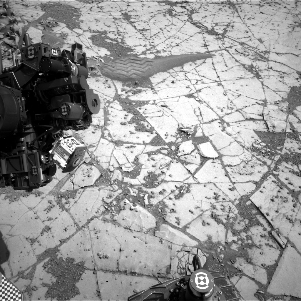 Nasa's Mars rover Curiosity acquired this image using its Right Navigation Camera on Sol 894, at drive 0, site number 45