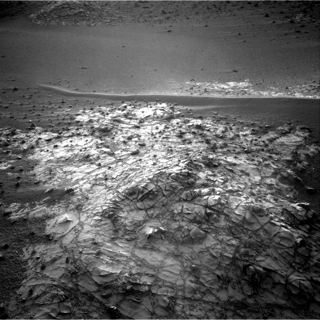 Nasa's Mars rover Curiosity acquired this image using its Right Navigation Camera on Sol 915, at drive 450, site number 45