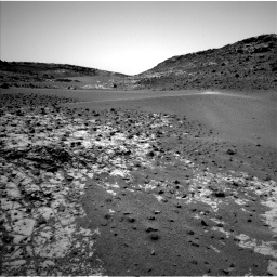 Nasa's Mars rover Curiosity acquired this image using its Left Navigation Camera on Sol 923, at drive 456, site number 45