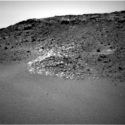 Nasa's Mars rover Curiosity acquired this image using its Right Navigation Camera on Sol 923, at drive 516, site number 45