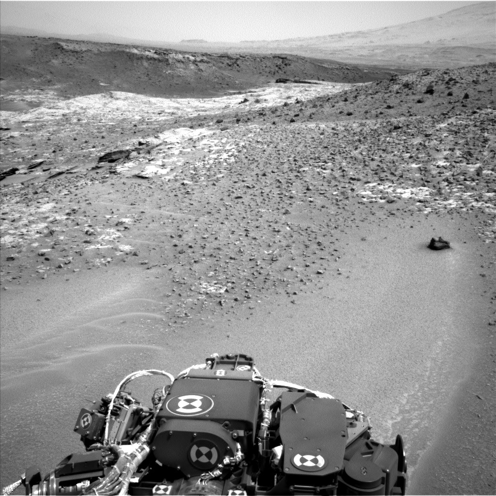 NASA's Mars rover Curiosity acquired this image using its Left Navigation Camera (Navcams) on Sol 924