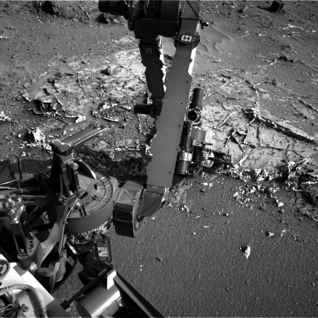 Nasa's Mars rover Curiosity acquired this image using its Left Navigation Camera on Sol 935, at drive 852, site number 45
