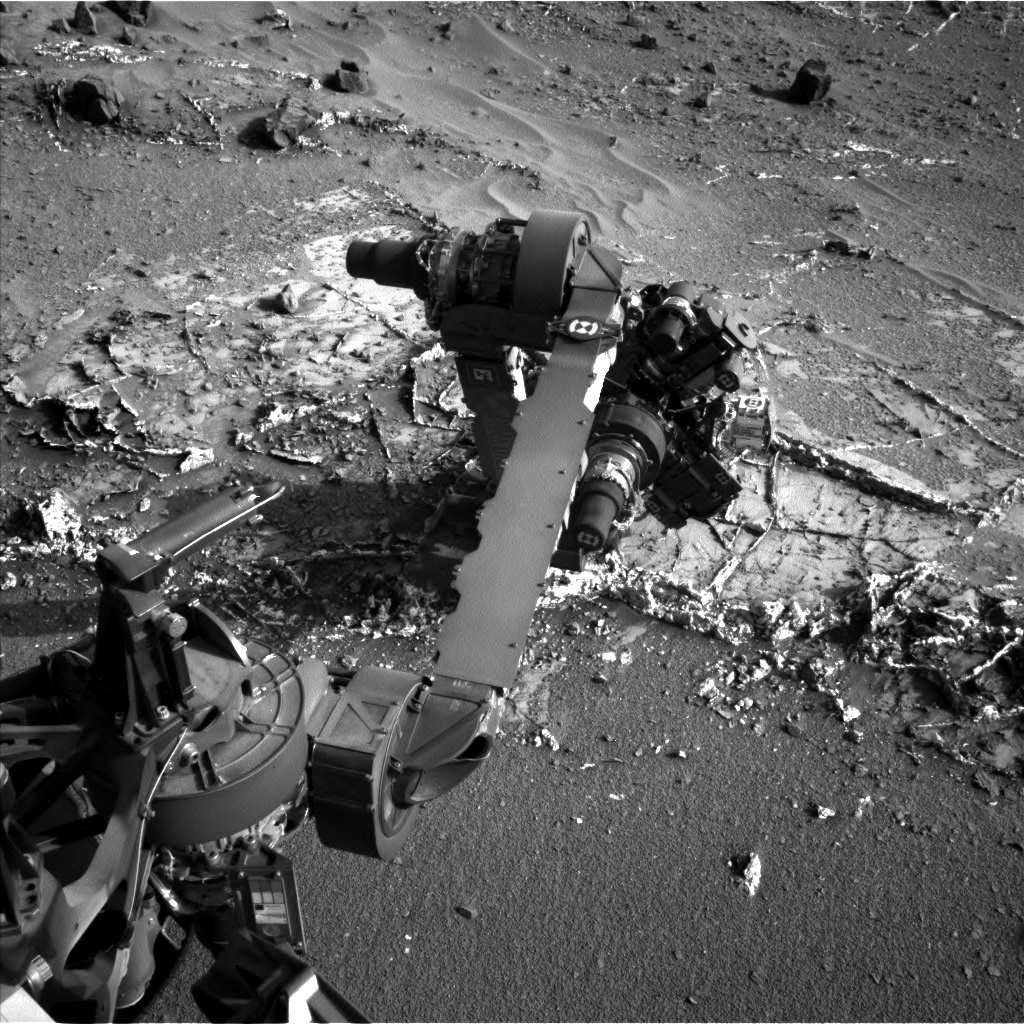 Nasa's Mars rover Curiosity acquired this image using its Left Navigation Camera on Sol 936, at drive 852, site number 45