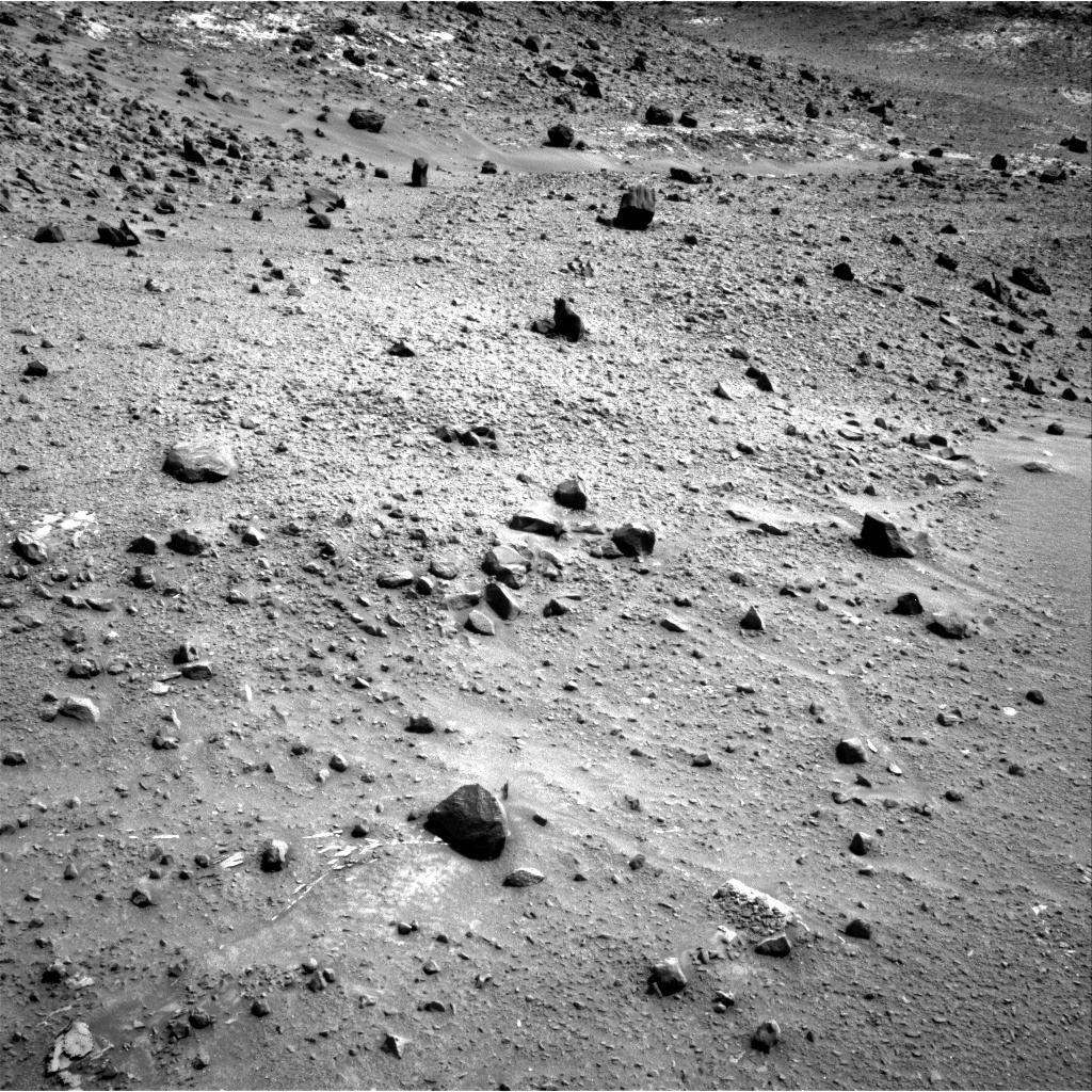 Nasa's Mars rover Curiosity acquired this image using its Right Navigation Camera on Sol 940, at drive 996, site number 45