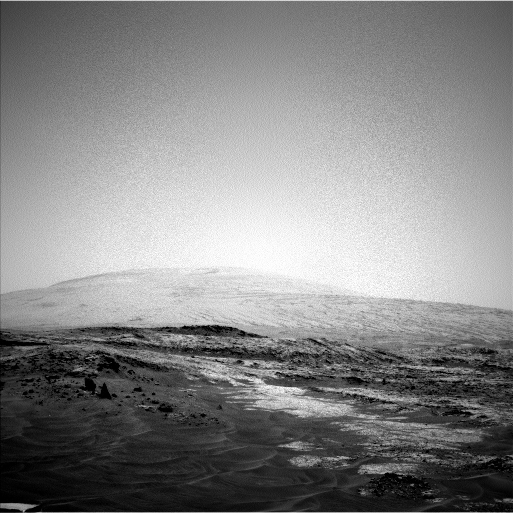 NASA's Mars rover Curiosity acquired this image using its Left Navigation Camera (Navcams) on Sol 956