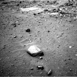 Nasa's Mars rover Curiosity acquired this image using its Left Navigation Camera on Sol 960, at drive 1324, site number 46