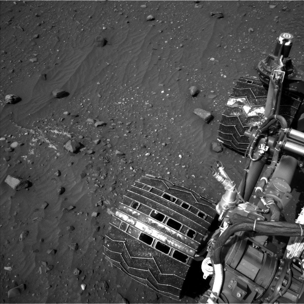 Nasa's Mars rover Curiosity acquired this image using its Left Navigation Camera on Sol 967, at drive 522, site number 47