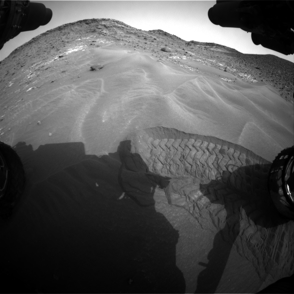 Nasa's Mars rover Curiosity acquired this image using its Front Hazard Avoidance Camera (Front Hazcam) on Sol 976, at drive 1166, site number 47