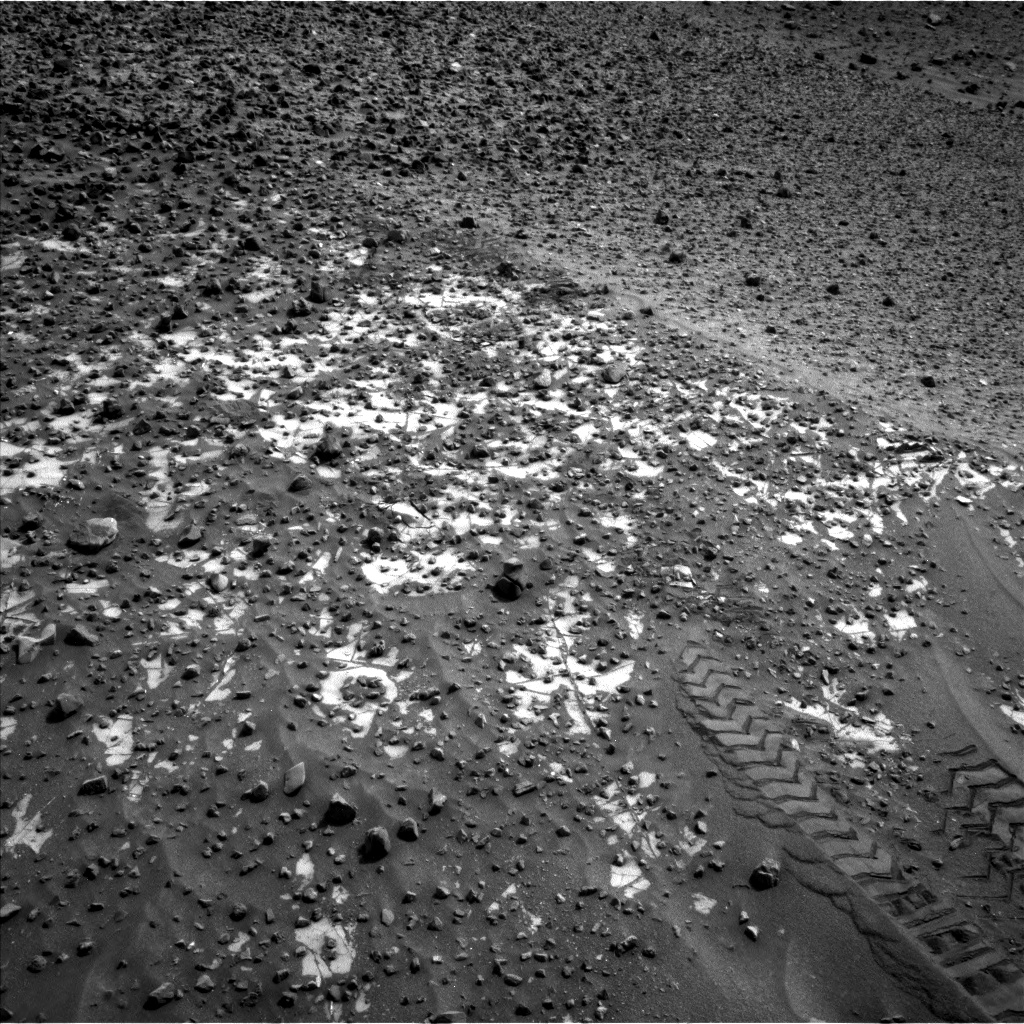 Nasa's Mars rover Curiosity acquired this image using its Left Navigation Camera on Sol 987, at drive 458, site number 48