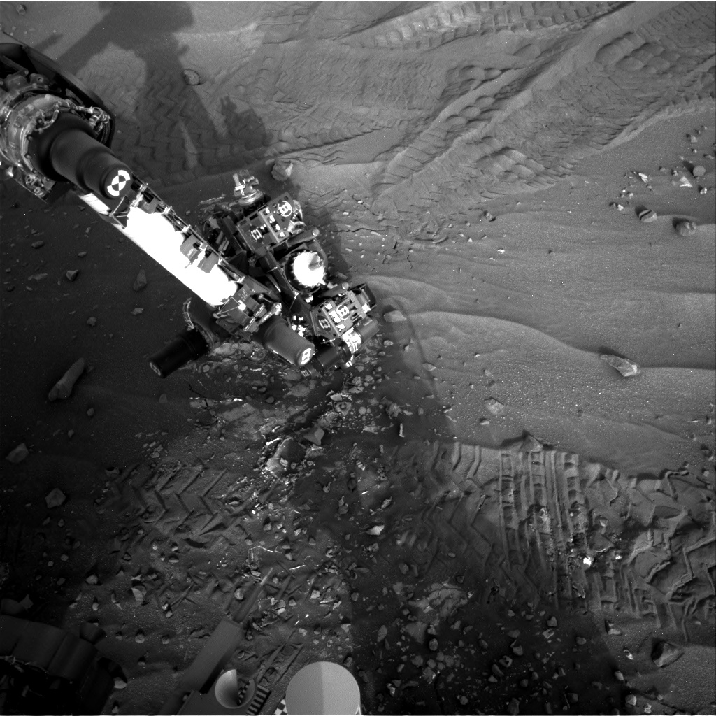 Nasa's Mars rover Curiosity acquired this image using its Right Navigation Camera on Sol 989, at drive 458, site number 48