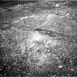 Nasa's Mars rover Curiosity acquired this image using its Left Navigation Camera on Sol 990, at drive 800, site number 48
