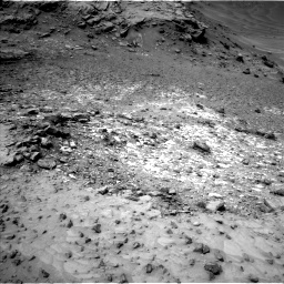 Nasa's Mars rover Curiosity acquired this image using its Left Navigation Camera on Sol 992, at drive 1164, site number 48