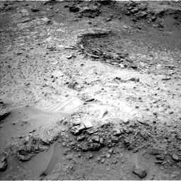 Nasa's Mars rover Curiosity acquired this image using its Left Navigation Camera on Sol 992, at drive 1188, site number 48