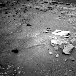 Nasa's Mars rover Curiosity acquired this image using its Left Navigation Camera on Sol 995, at drive 1386, site number 48