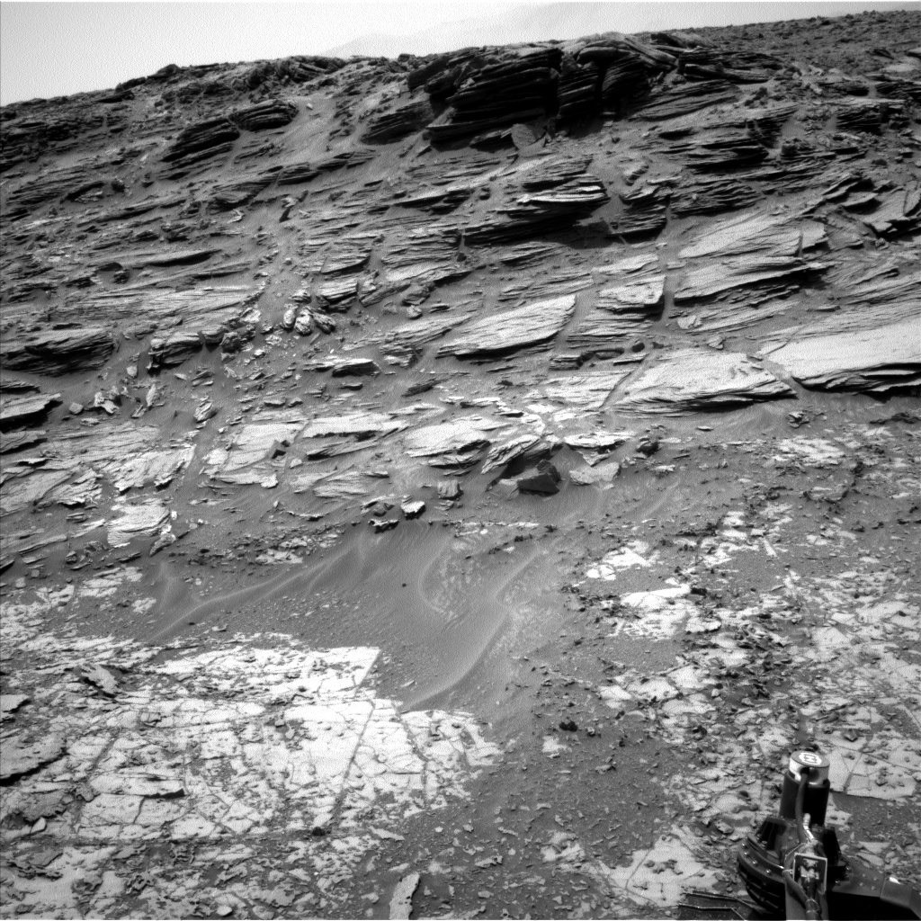 Nasa's Mars rover Curiosity acquired this image using its Left Navigation Camera on Sol 997, at drive 1570, site number 48