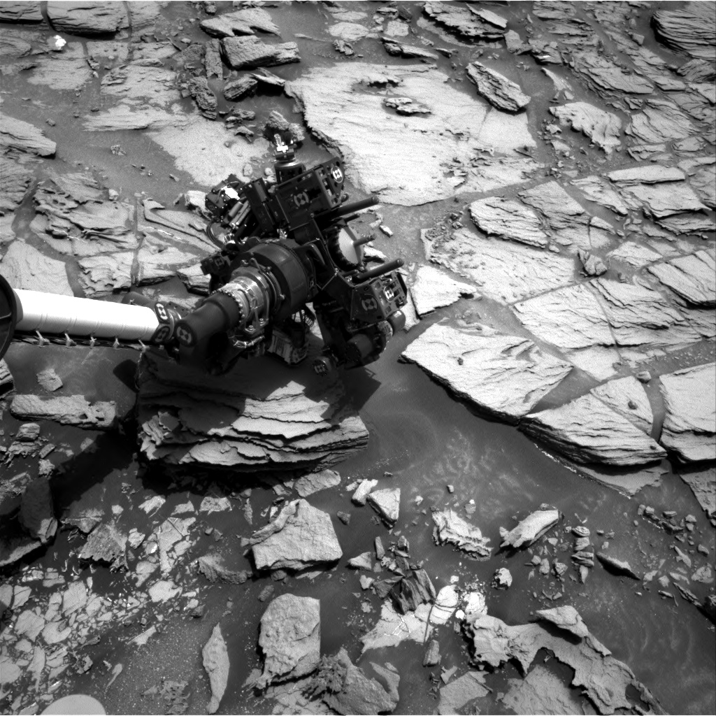 Nasa's Mars rover Curiosity acquired this image using its Right Navigation Camera on Sol 998, at drive 1570, site number 48