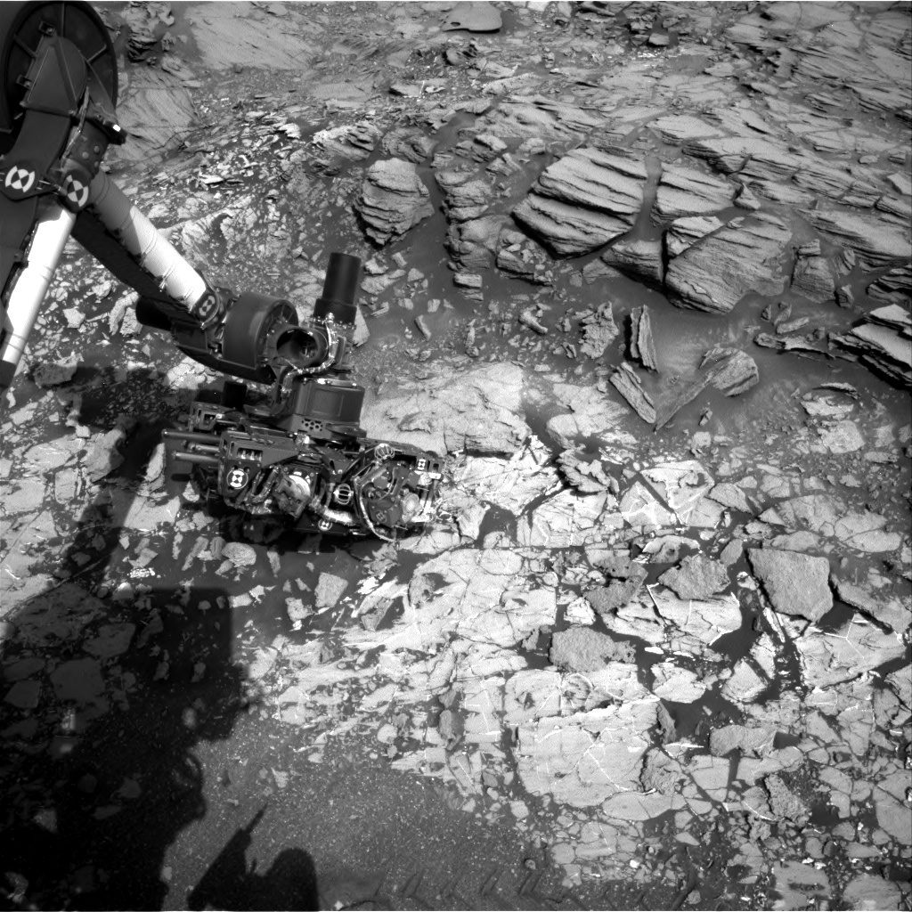 Nasa's Mars rover Curiosity acquired this image using its Right Navigation Camera on Sol 1032, at drive 1600, site number 48
