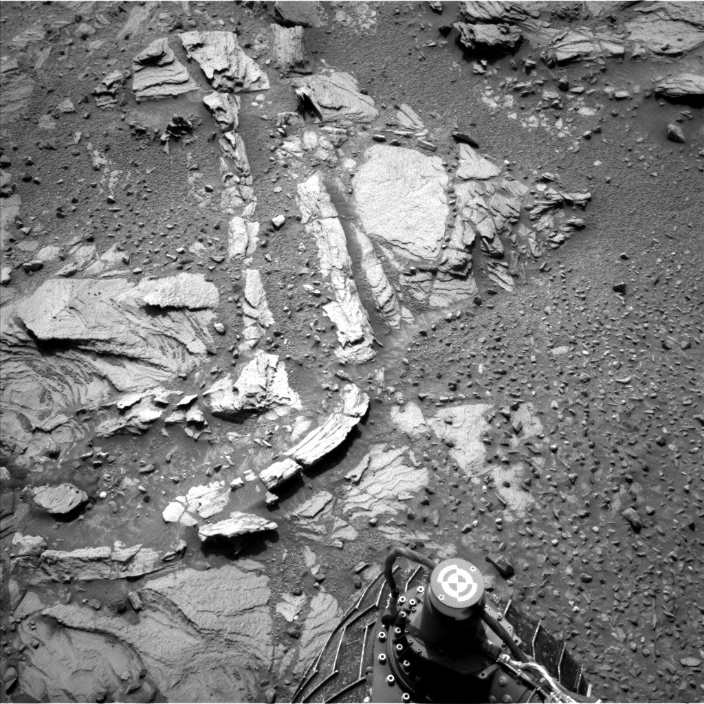 NASA's Mars rover Curiosity acquired this image using its Left Navigation Camera (Navcams) on Sol 1042