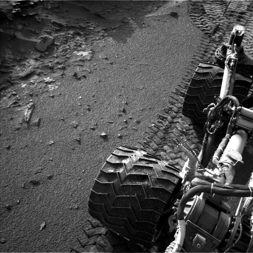 Nasa's Mars rover Curiosity acquired this image using its Left Navigation Camera on Sol 1044, at drive 2200, site number 48