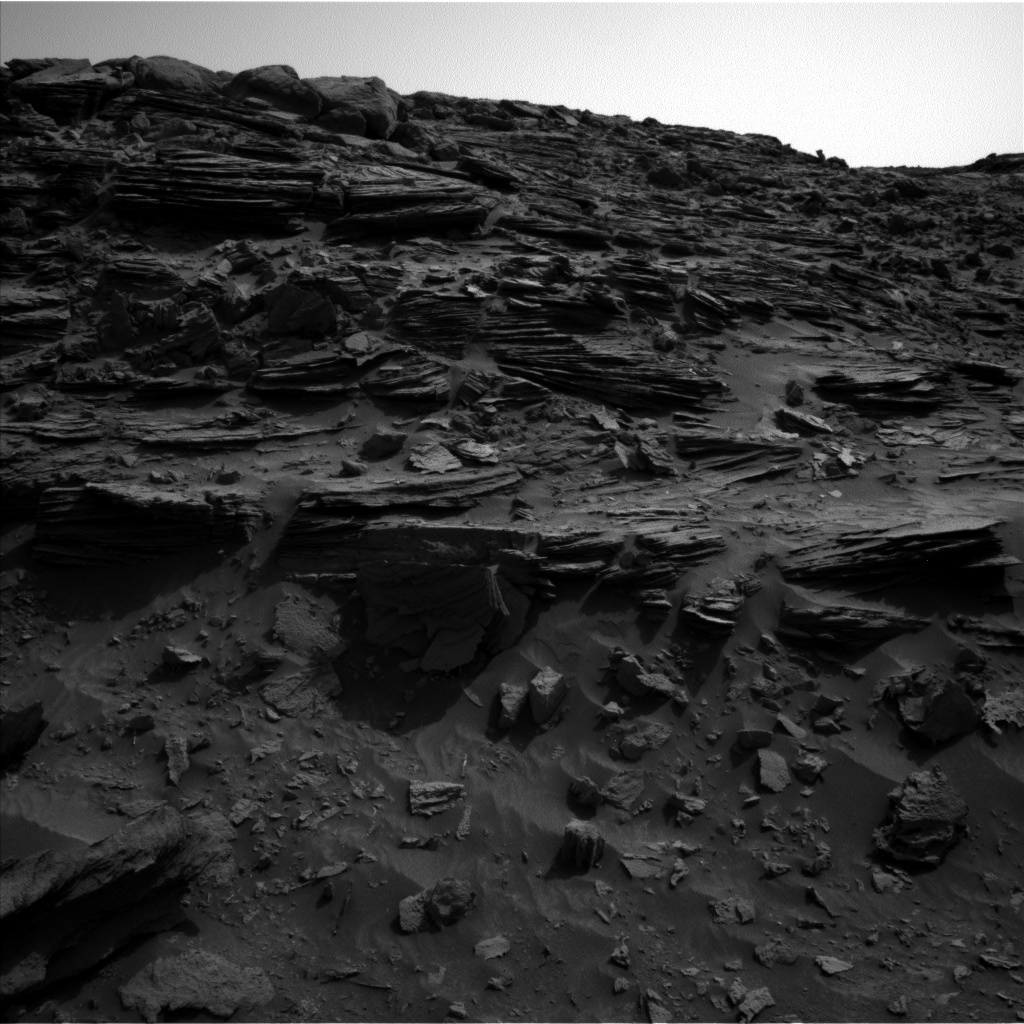 NASA's Mars rover Curiosity acquired this image using its Left Navigation Camera (Navcams) on Sol 1046