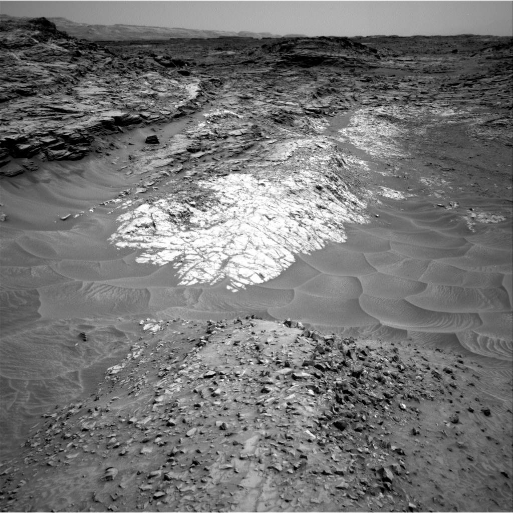 Nasa's Mars rover Curiosity acquired this image using its Right Navigation Camera on Sol 1051, at drive 2470, site number 48