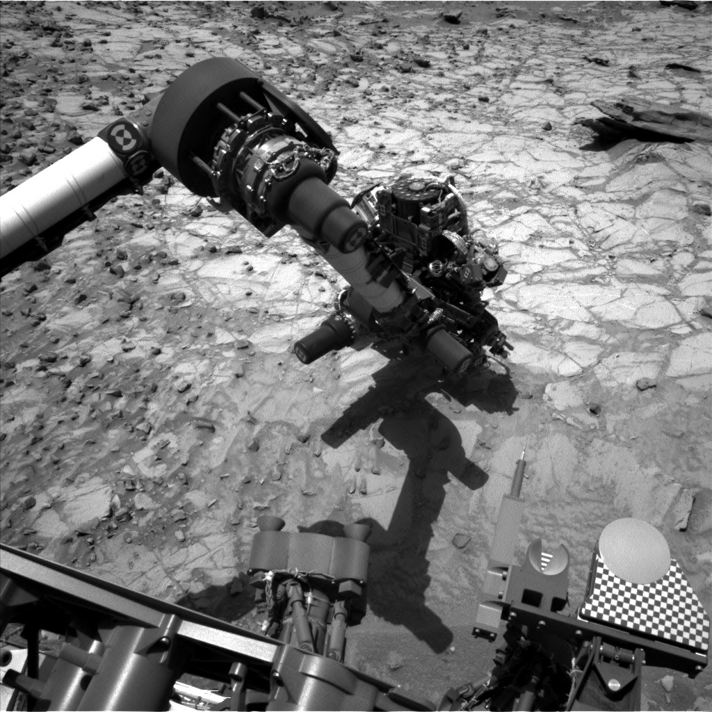 NASA's Mars rover Curiosity acquired this image using its Left Navigation Camera (Navcams) on Sol 1059