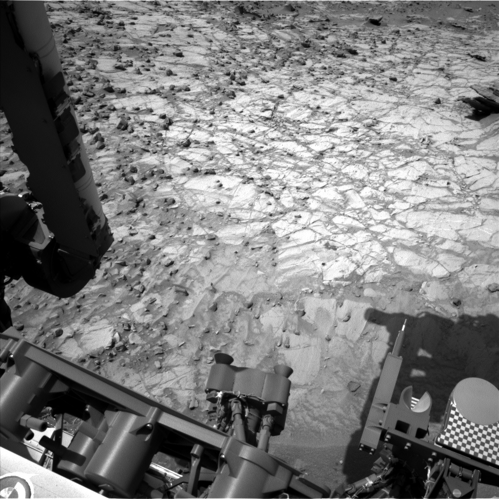 Nasa's Mars rover Curiosity acquired this image using its Left Navigation Camera on Sol 1064, at drive 2542, site number 48