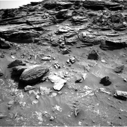 Nasa's Mars rover Curiosity acquired this image using its Left Navigation Camera on Sol 1067, at drive 2860, site number 48