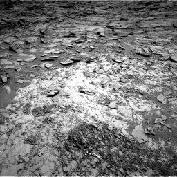 Nasa's Mars rover Curiosity acquired this image using its Left Navigation Camera on Sol 1067, at drive 2932, site number 48