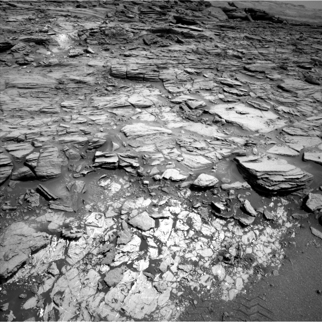 NASA's Mars rover Curiosity acquired this image using its Left Navigation Camera (Navcams) on Sol 1067