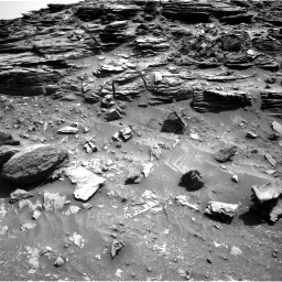 Nasa's Mars rover Curiosity acquired this image using its Right Navigation Camera on Sol 1067, at drive 2860, site number 48