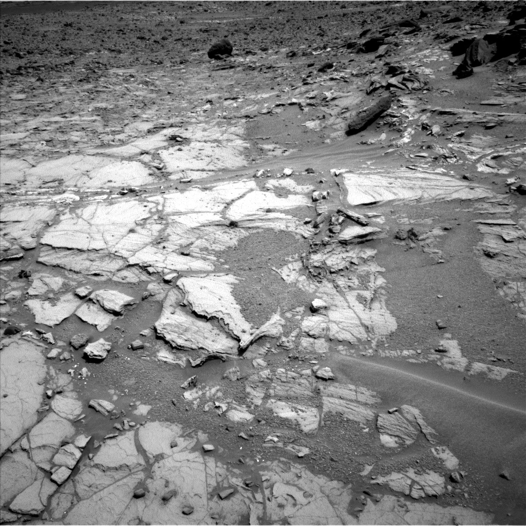Nasa's Mars rover Curiosity acquired this image using its Left Navigation Camera on Sol 1072, at drive 252, site number 49