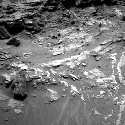 Nasa's Mars rover Curiosity acquired this image using its Left Navigation Camera on Sol 1072, at drive 294, site number 49