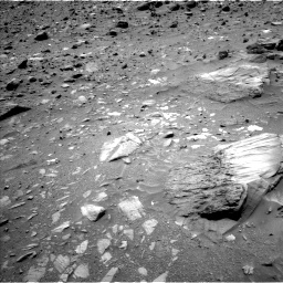 Nasa's Mars rover Curiosity acquired this image using its Left Navigation Camera on Sol 1073, at drive 360, site number 49