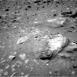 Nasa's Mars rover Curiosity acquired this image using its Right Navigation Camera on Sol 1073, at drive 360, site number 49