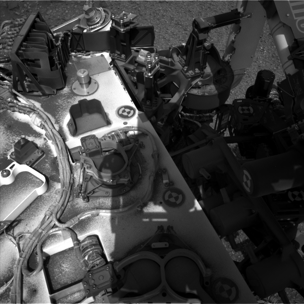 Nasa's Mars rover Curiosity acquired this image using its Left Navigation Camera on Sol 1076, at drive 814, site number 49