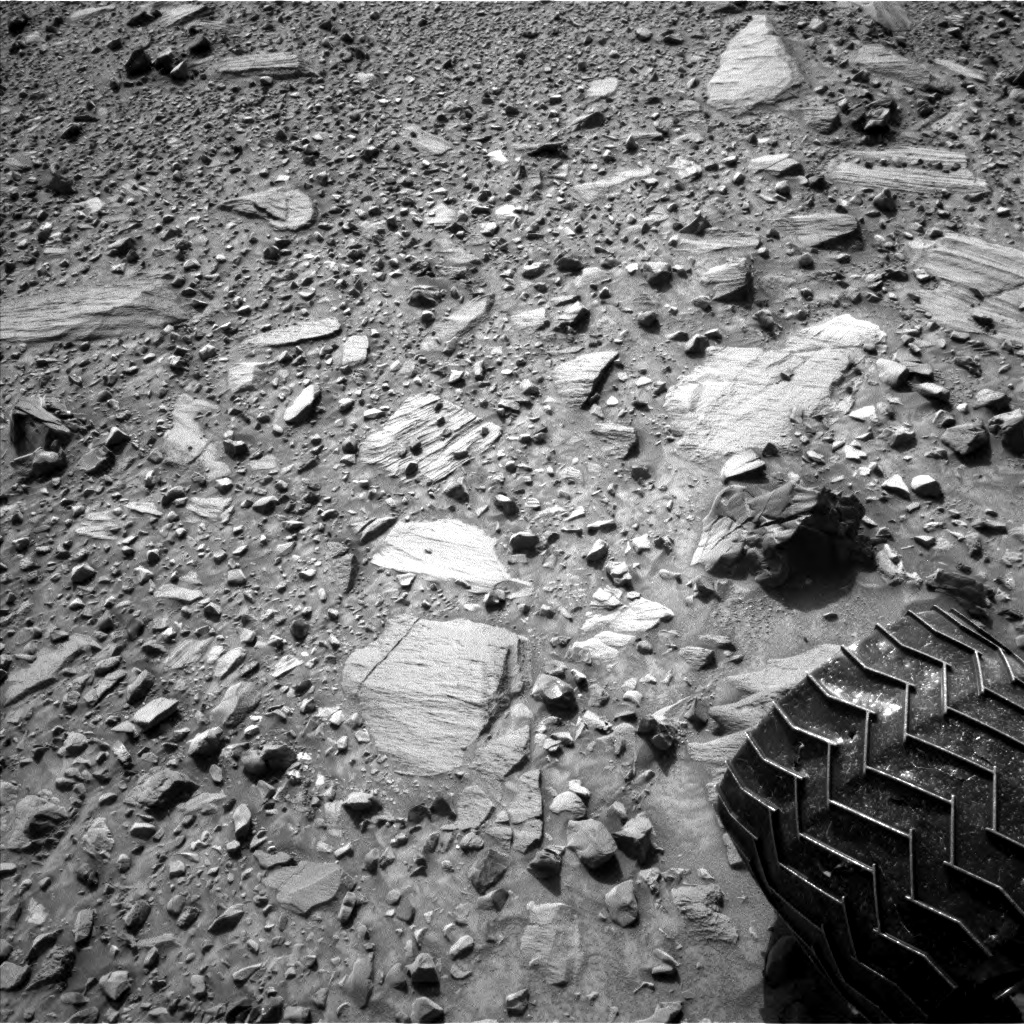 Nasa's Mars rover Curiosity acquired this image using its Left Navigation Camera on Sol 1080, at drive 1216, site number 49