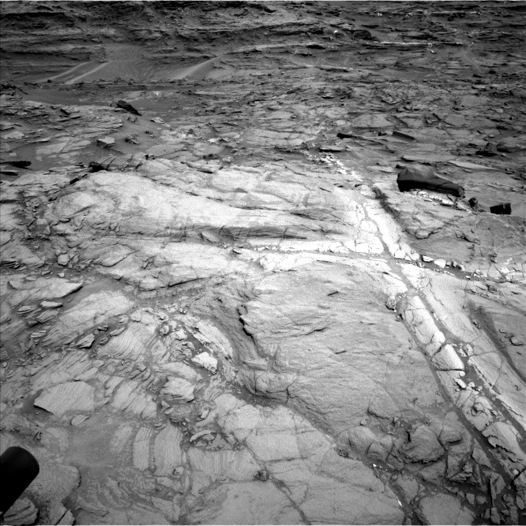 Nasa's Mars rover Curiosity acquired this image using its Left Navigation Camera on Sol 1083, at drive 1396, site number 49