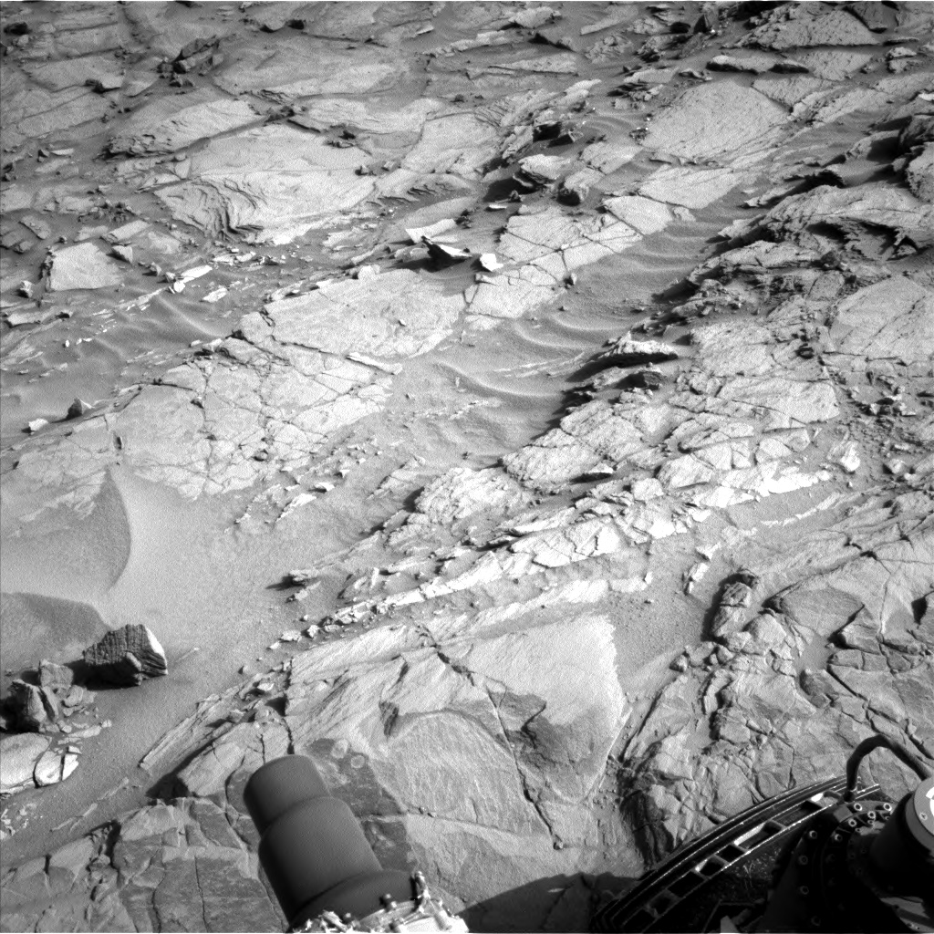 Nasa's Mars rover Curiosity acquired this image using its Left Navigation Camera on Sol 1083, at drive 1420, site number 49